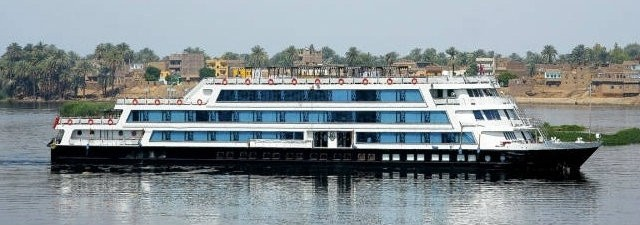 Long Nile Cruise