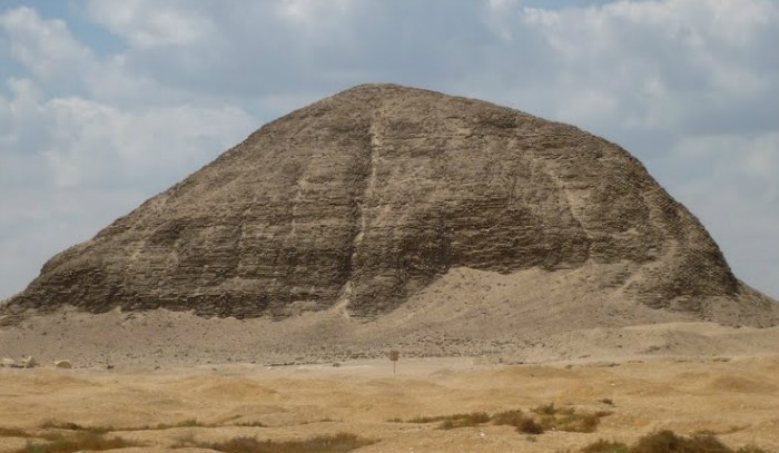 Day Trip to El Fayoum Pyramids From Cairo