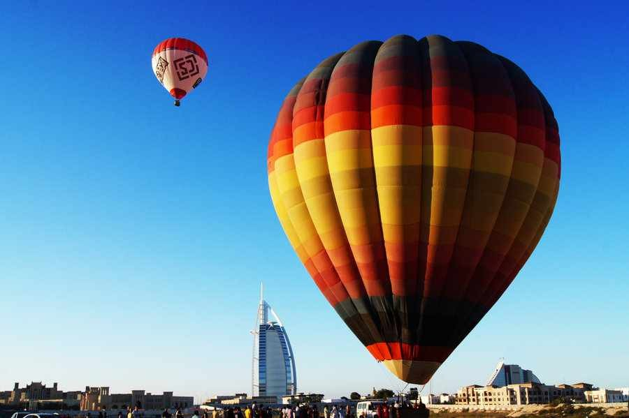 Dubai Air Balloon Tour
