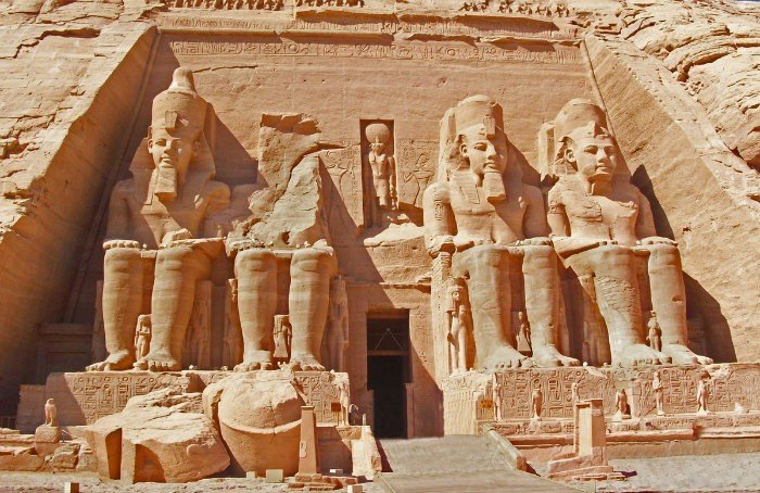 Trip to Abu Simbel by Flight