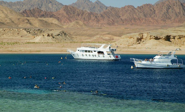 Book Day Trip to Sharm El Sheikh From Cairo 2021